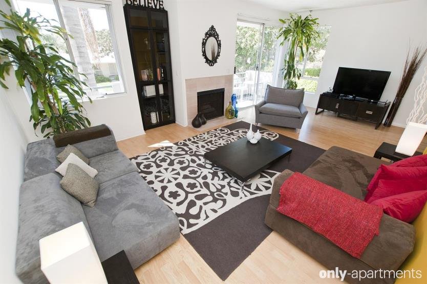 Tips for Making Your Apartment Look Awesome for Short-Term Renters
