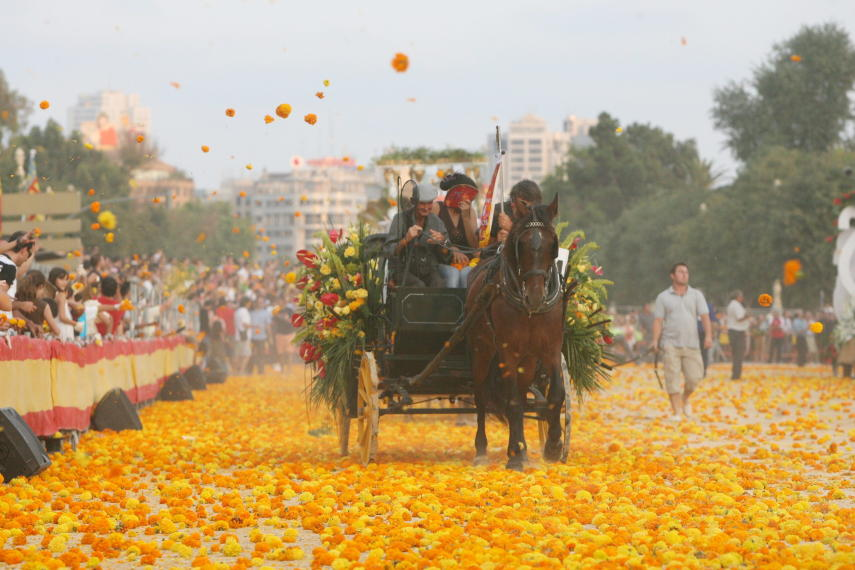 Battle of the Flowers in Valencia