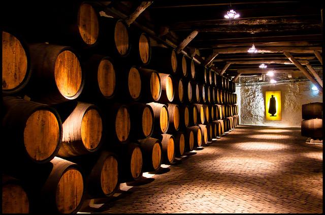 Porto Wines and Wine Cellars