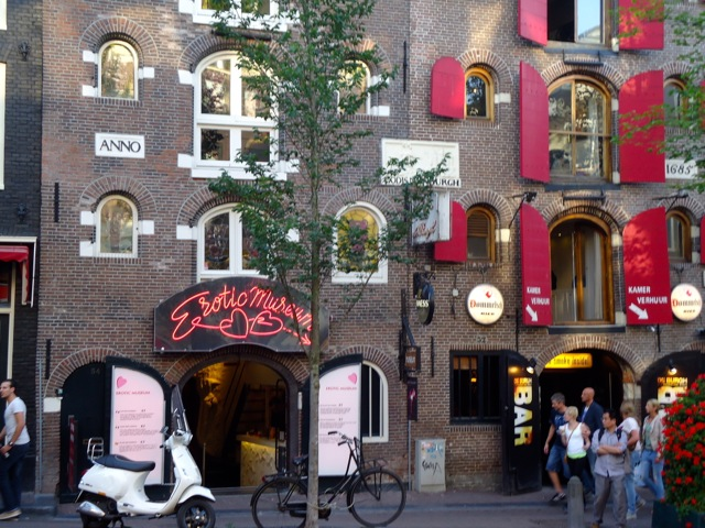 Join Amsterdam's Free Tours Trend